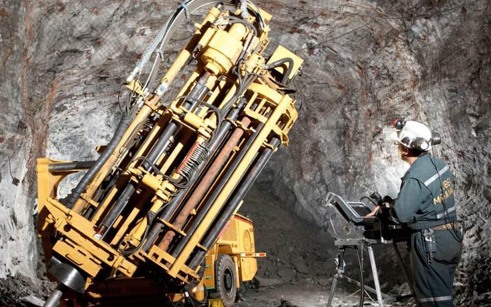 Underground-mine-960x600_c