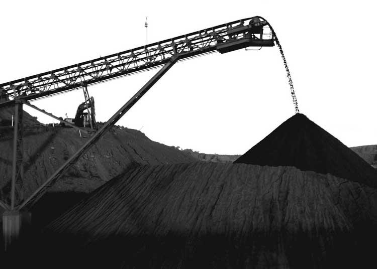 Preço do minério de ferro preocupa mercado.