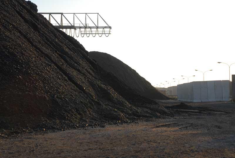 Queda de preço do minério de ferro preocupa mercado.