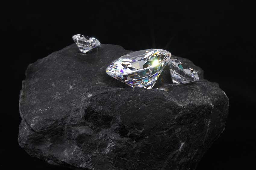 Exploração de diamantes no Brasil.